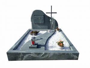 Grabstein mit Stein und Kreuz