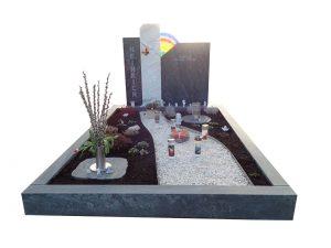Grabstein mit Regenbogen-Glas-Element